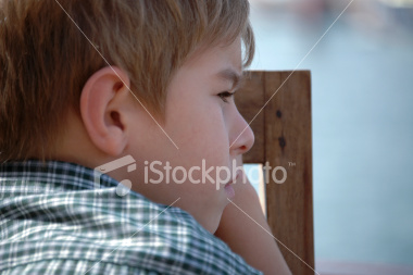 stock-photo-4868717-child-day-dreaming